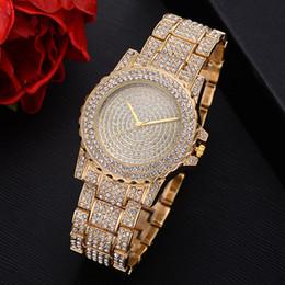 Мужские хип-хоп Bling Bling Bling роскошные оттаявшим техно проложить 18k часы золотой тон тяжелый безель случае группа имитация алмазов от Поставщики ледяная полоса
