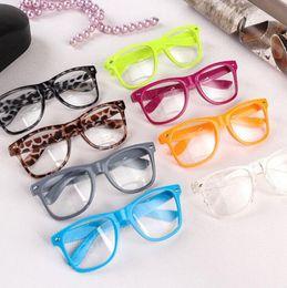 Hot lunettes de soleil unisexe lunettes de soleil Rivet lunettes de soleil rétro couleur unisexe Punk Geek Style Clear Lens lunettes lunettes KKA3945 ? partir de fabricateur