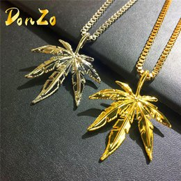 Wholesale Ms Plate - Gold Plated Maple l Leaf Pendant Necklace Men ms Hip Hop Charm Herb 60cm Cuban Chains Necklaces Mens Fashion Hiphop Jewelry Birthday Gift