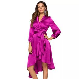 Argentina Elegante púrpura de manga larga abrigo del vendaje Maxi vestido de las mujeres de la colmena con cuello en v de seda sexy vestidos de fiesta de raso Robe invierno Vestido Suministro