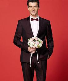 2019 terno borgoña Nuevos trajes de hombres de Borgoña Blazer Trajes de boda novio Novia de lujo Slim Fit Trajes de novio Formal Terno Masculino 2 Piezas (Chaqueta + Pantalones) terno borgoña baratos