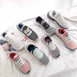 Wholesale clear plastic men shoe box - With box Deerupt Runner shoes Solar Bird Running Shoes For Sale Solar Red Bluebird Sneakers men womens shoes