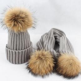 collo Sconti Set di cappelli caldi della sciarpa della signora Fashion Acrylic con 15CM di pelliccia di procione Pom Poms donne anelli collo di pelliccia Caps VF4033