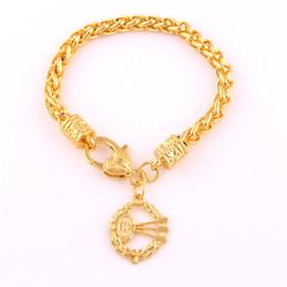 Deutschland Sport Style Gold Farbe Dartscheibe und Darts Blatt Design Anhänger Charm Weizen Link Chain Armband Schmuck cheap color leaf bracelet Versorgung