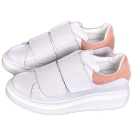 beautiful white casual dresses 2018 - Luxury Designers Shoes Smart Casual Shoes Mens Womens Queen Shoe Beautiful Platform Casual Sneakers Leather Solid Colors Dress Shoe Sports