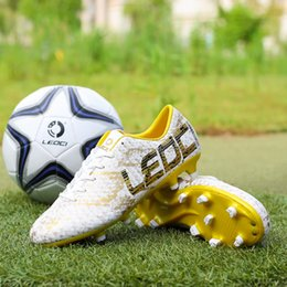 2020 zapatos deportivos de fútbol para niños New Men Boys AG FG Zapatillas de fútbol Botas de fútbol Zapatillas de fútbol Zapatillas Zapatillas de piel de serpiente Zapatillas deportivas de fútbol transpirables rebajas zapatos deportivos de fútbol para niños