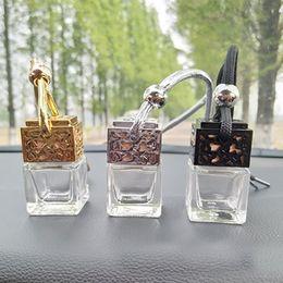 2019 auto aroma flasche 8 ML Auto Parfüm Flasche Hohl Hängende Parfüm Ornament Lufterfrischer Für Ätherische Öle Diffusor Duft Leere Glasflasche HH7-1827 rabatt auto aroma flasche