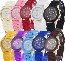 Argentina Nuevo envío libre al por mayor Ginebra relojes de moda de cuarzo de silicona 38 mm para hombre relojes para mujer de color jalea estudiantes relojes de ocio Suministro