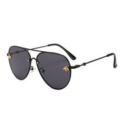 Metal macho on-line-Design de marca óculos de sol das mulheres dos homens retro designer de marca boa qualidade moda de metal óculos de sol de grandes dimensões vintage feminino masculino uv400