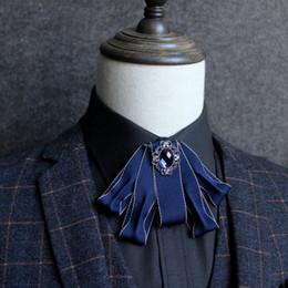hombres pajarita rhinestone Rebajas Hombres británicos Traje de Boda Esmoquin Banquete Partido Uniforme Collar Pajaritas Gravata Formal Novio Onda Azul Rhinestone Bowtie