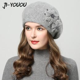 2017 chapéus de inverno para as mulheres chapéu com strass chapéus de pele  de coelho para o chapéu de malha das mulheres beanie gorros cap Mais Grosso  das ... 25670790609