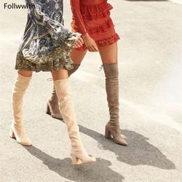 Botas altas de botas bege on-line-Bege Camurça Thighland Botas Altas Mulheres Over-The-Knee Botas Estiramento Bloco De Couro Saltos Mulher Primavera Outono Sapatos