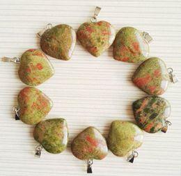 Livraison gratuite Mode Naturel Unakite Pierre Pendentifs Charme fleur verte coeur pendentif pour la fabrication de bijoux 50pcs / lot En Gros ? partir de fabricateur