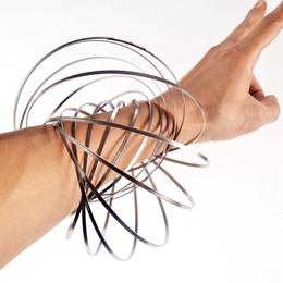 Bracciale in metallo 3D Toroflux Flow Rings Giocattoli di decompressione con PACCHETTO RETAIL Olografico durante lo spostamento Crea un flusso circolare Giocattoli magici Flusso da