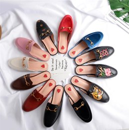 Wholesale Cloth Slippers - 33-43 Luxury leather loafers Muller slipper shoes with buckle Fashion women Princetown slippers Ladies Casual Mules Flats New Free shipping