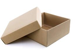 Boîte à chaussures d'origine avec sacs à poussière ? partir de fabricateur