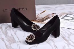 travestis talons hauts Promotion 2018 Mode femme noir Nouveau avec boucle en diamant à talon unique 7,5 cm Femme Talons hauts Lolita POMPES CHAUSSURES SNEAKERS Chaussures habillées