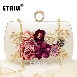 Wholesale Golden Flower Patterns - ETAILL New The Golden Chain The Appliques Pattern Flowers Wedding Dinner Bags Hot Hand Evening Bags Purses Clutch Box Package
