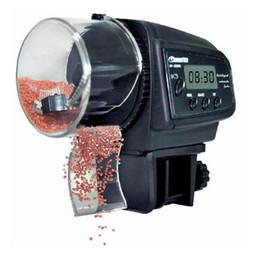 comederos automáticos para peces Rebajas Alimentador automático de los pescados 65mL para los alimentadores autos del tanque de pescados del acuario con el contador de alimentación del animal doméstico del temporizador LCD indica el alimentador de los pescados