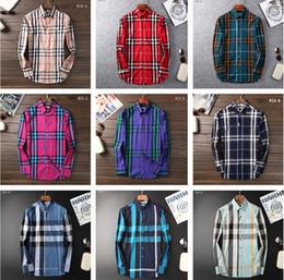 Raya de manga larga para hombre online-Diseñador de lujo de los hombres de negocios camisa informal para hombre de manga larga a cuadros de la raya Slim Fit Camisa Masculina Medusa Social camisa de vestir de moda camisas