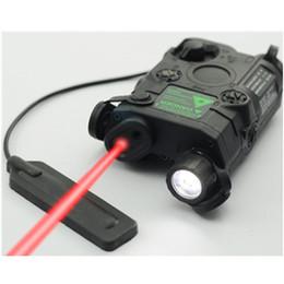 2019 linterna sf Linterna táctica táctica Airsoft AN / PEQ-15 Caja de batería Láser láser roja con linterna LED blanca y lente IR