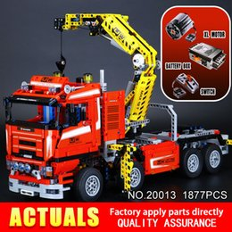 Wholesale Crane Plastics - LEPIN 20013 technic series 1877pcs The Electric Crane Truck Model Building blocks Bricks Compatible 8258 Toy Christmas Gift