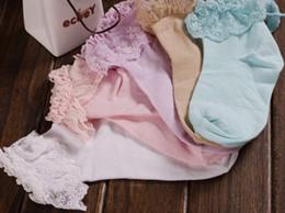 2019 chaussettes à papillon en gros Femmes Vintage Lace Ruffle Frilly Ankle Chaussettes Princesse Fille Coton Sock Mode Dames Princes Retro
