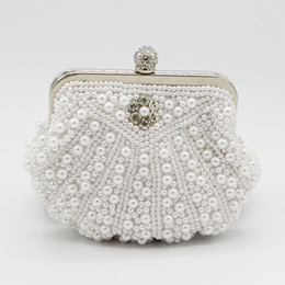 d4a3acf134ab 2019 Top Sale Shell Pearls Bridal Hand Bags One Shoulder Clutch Beaded  Crystal Formal Evening Party Diner Bags Shell Style Cheap Sale Online