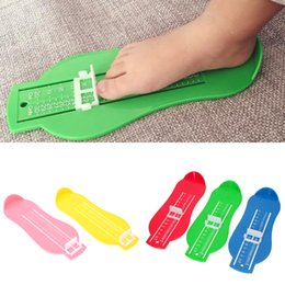 Wholesale range size - 5 Colors e Kid Infant Foot Measure Gauge Shoes Size Measuring Ruler Tool Available ABS Baby Car Adjustable Range 0-20cm