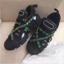 Çıkarılabilir ile yeni Tasarımcı sneaker Flashtrek sneaker kadın erkek eğitmen Dağ Tırmanma Ayakkabı Mens Açık Yürüyüş botları Trekking Sneakers nereden