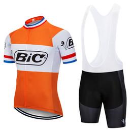 laranja ciclismo jersey mulheres Desconto 2018 Retro Ciclismo Bic Equipe Jérsei 9D Gel Pad Bicicleta Shorts Ropa ciclismo Mens Verão Tour BICICLETA Maillot Culotte Conjunto de Roupas