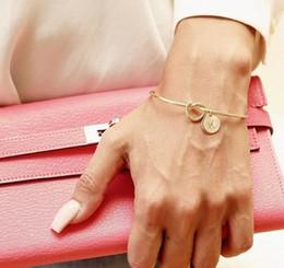 il braccialetto all'ingrosso tre colore Sconti L'Europa e gli Stati Uniti hanno annodato il braccialetto di nodo all'ingrosso libero di combinazione di 25 lettere di colore selvaggio dei braccialetti di personalità