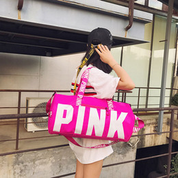 Wholesale Rugby Package - New PINK Letter Printting Sports Package Bag Bulk Handbag Duffel Bags Shoulder Bag Customized Logo Manufacturers