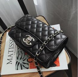 Wholesale cheap handbag designers - Hot Sale Fashion Vintage Handbags Women bags Designer Handbags Wallets for Women Leather Chain Bag Crossbody and Shoulder Bags Cheap