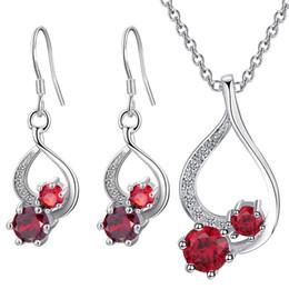 Mode européenne chaude deux pièces ensembles de bijoux cristal collier boucles d'oreilles pour les femmes noce exquis bijoux accessoires ? partir de fabricateur