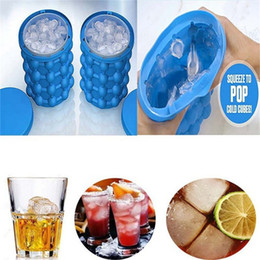 Wholesale hot tongs - Silicone Ice Cube Make Genie Silicone Ice Bucket Revolutionary Space Saving Ice Cube Maker Mode Kitchen Tools for Chilling Beverage hot