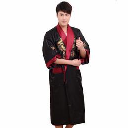 Uomini kimono neri rossi online-Two Side Dragon Dragon Men Satin Kimono Robe Gown Nero Rosso Reversibile Accappatoio da notte pigiameria Sleepwear con cintura