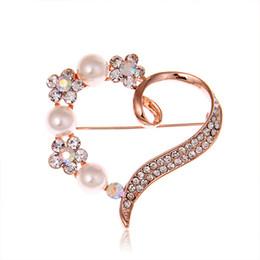 Canada Broche de luxe en cristal de perle rose or strass broche de mariage élégante robe de soirée en forme de coeur Corsage broche argent broche hommes et femmes Offre
