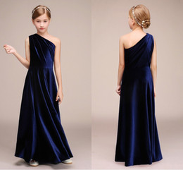 4ba660e22 Vestidos de dama de honor junior azul marino Un hombro Vaina Tela de satén  Cremallera Volver Diseñador de chicas Pageant Vestidos de fiesta formales  Nuevo
