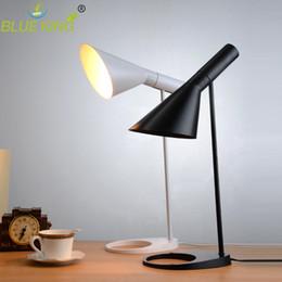 Canada Moderne Réplique Louis Poulsen AJ Lampe de table Noir Blanc pour Option Europe AJ Lampe de bureau Café Allée Hall lire Lampe Ampoule LED E27 Offre