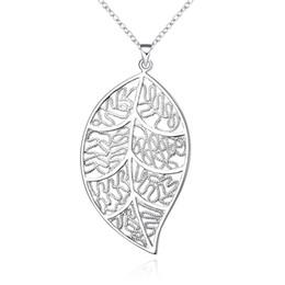 2018 venda Quente 925 sterling silver retro oco folha encantos pingente (sem cadeia) fit cadeia colar moda Jóias Acessórios LKNSPCP187 de