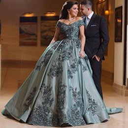 Wholesale Handmade For Spring - Vestidos 2018 Off Shoulder Quinceanera Dress Sweet 16 Dresses Ball Gown Prom Dresses Handmade Flowers Princess Prom Gowns For Sweet 16 Dress