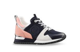 ce23094fc 2018 zapatos de cuero de lujo al por mayor nuevos zapatos casuales zapatos  casuales de las mujeres de los hombres zapatos de diseñador de cuero  genuino moda ...