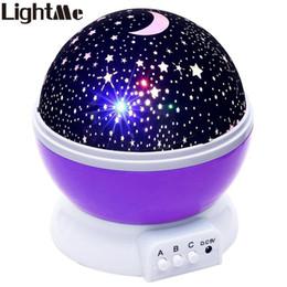 Estrelas da lua luz da noite on-line-Lightme estrelas céu estrelado led night light projetor lâmpada lua bateria usb crianças presentes crianças quarto lâmpada de projeção lâmpada z20 g