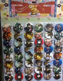 Japão anime roupas on-line-Novo 48 pçs / set Ataque anime japonês em Titan Pin Emblemas, Rodada Broche Crachá Crianças Acessórios de Vestuário 4.5 cm Frete Grátis