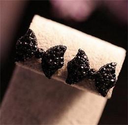 2019 pajarita Rhinestone negro pajarita arete Crystal Bowknot Stud Pendiente para mujer moda negro bow stud aretes pajarita baratos
