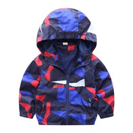 Wholesale Red Trench Jacket - 80-140cm Camouflage Spring Outerwear Children Hooded Jacket For Boys Kids Girls Trench Coat Hooded Windbreaker Sport Suit