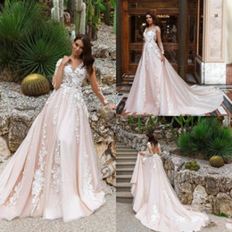 Wholesale Classy Wedding Dresses Sleeves - Classy Long Sleeve 2018 Wedding Dresses Sheer V Neck Lace Appliqued Country Bridal Gowns Plus Size Custom Made Wedding Dresses