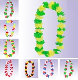 Wholesale Christmas Wreath Decorations Wholesale - 2018 World Cup Artificial Flower Fan Cheer Wreaths Flower Necklace Football Fans Cheer Party Decoration T3I0183