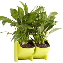 Внутренние плантаторы онлайн-Самостоятельной полив висит сад цветочный горшок вертикальный настенный плантатор для крытый открытый Главная сад поставки 2-карманный наращиваемых горячей продажи